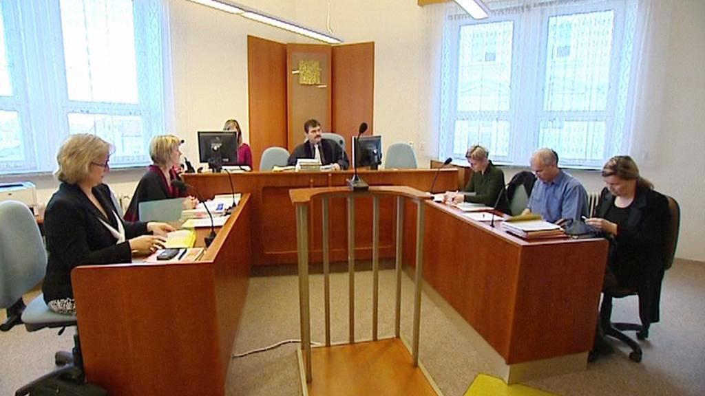 Soudní líčení kvůli pomluvě