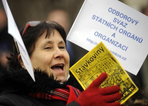 Demonstrantka na Palackého náměstí