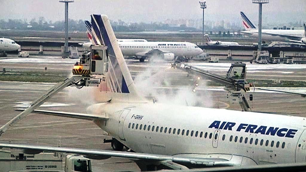 Rozmrazování letadel