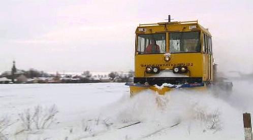 Sněžný pluh na železnici