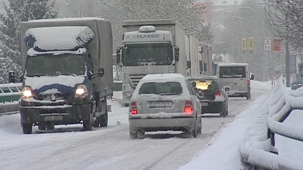 Počasí komplikuje dopravu