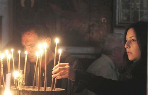 Křesťané v betlémské bazilice Narození Páně