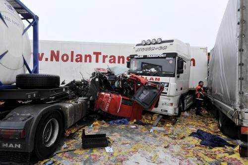 Hromadná nehoda na německé dálnici A17