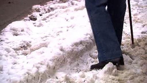 Sníh na chodnících