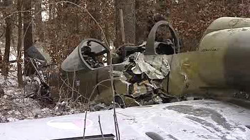 Trosky letadla spadlého u Biskupic na Třebíčsku