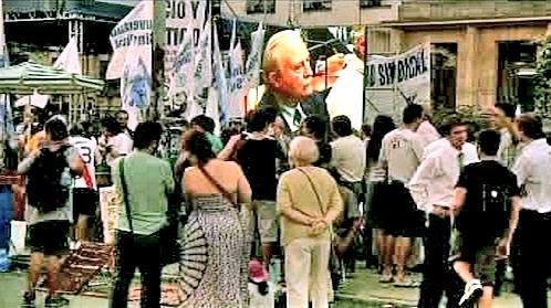 Argentinci sledují na obrazovkách soud s důstojníky