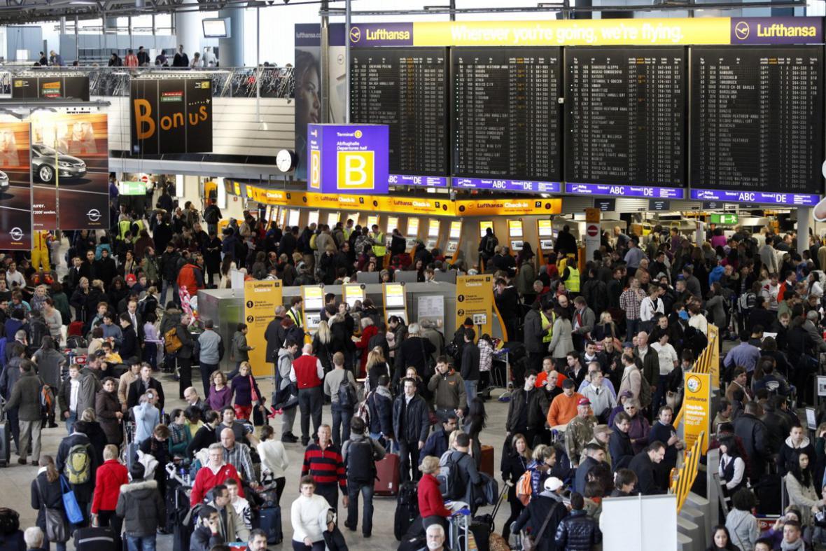 Letiště ve Frankfurtu
