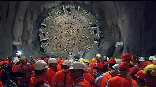 Gotthardský tunel byl proražen