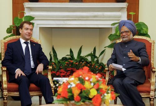 Dmitrij Medvěděv a Manmóhan Singh