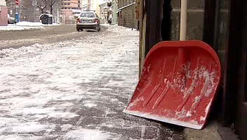 Lopata na odklízení sněhu