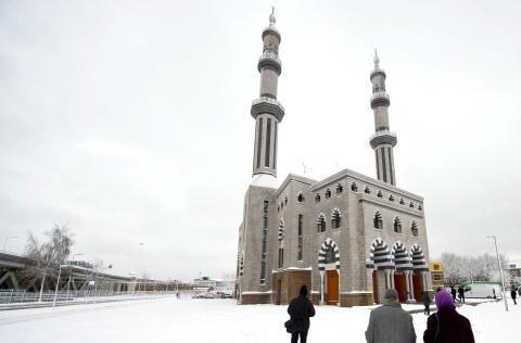 V Rotterdamu otevřeli největší západoevropskou mešitu