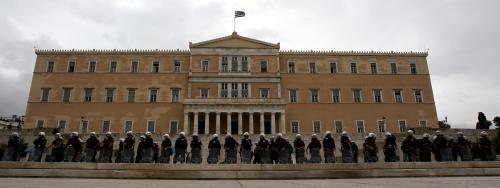 Policie před řeckým parlamentem