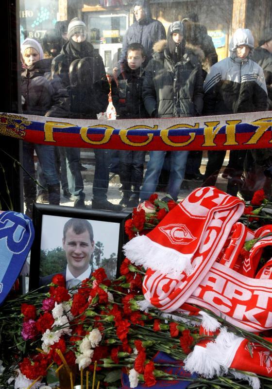 Ruští fanoušci v ulicích