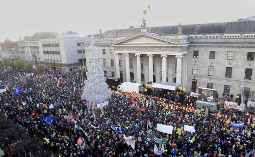 Irové se bouří