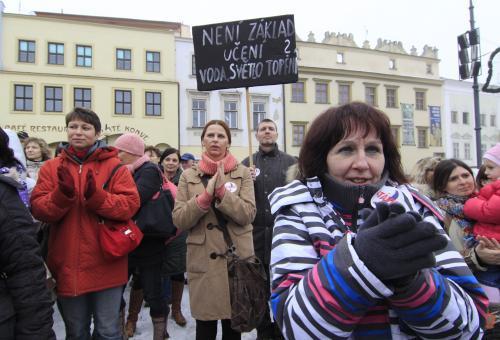 Češi demonstrují svou nespokojenost s vládními úsporami