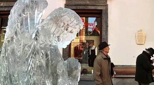 Ledová socha
