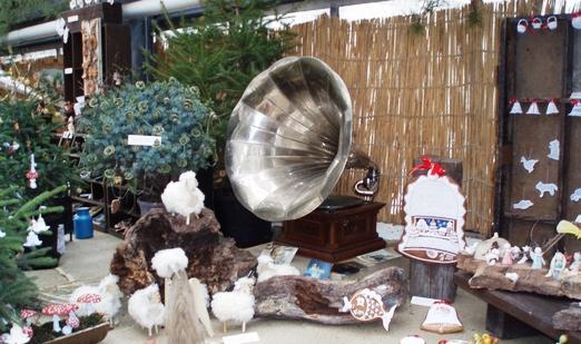 Starý gramofon na výstavě Dárky od Ježíška