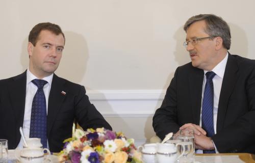 Dmitrij Medvěděv s Bronislawem Komorowským
