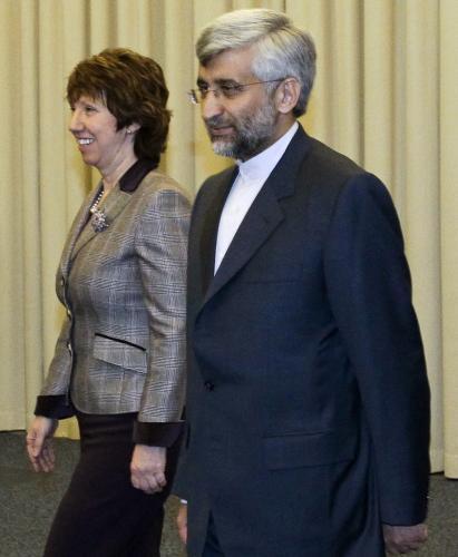 Catherine Ashtonová a Saíd Džalílí
