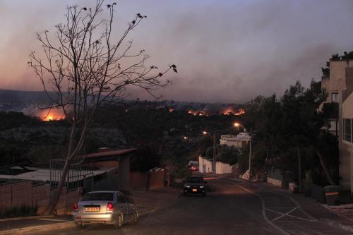 Plameny kolem Haify