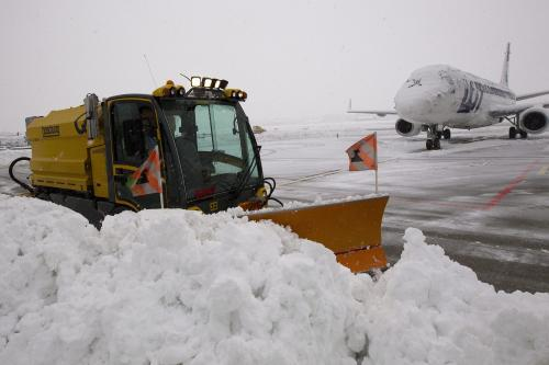Odklízení sněhu na letišti