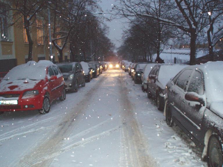 Sníh trápí řidiče v centru Prahy