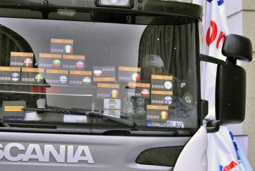 Elektronické krabičky potřebné pro průjezd Evropou