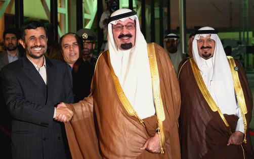 Íránský prezident Ahmadínežád a saudskoarabský král Abdulah