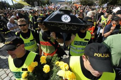Nespokojení policisté
