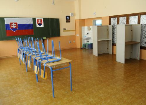 Volební místnost na Slovensku