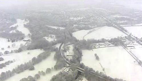 Sníh pokryl Británii