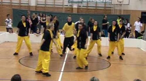 Taneční soubor při vystoupení
