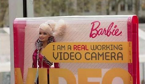 Barbie s kamerou