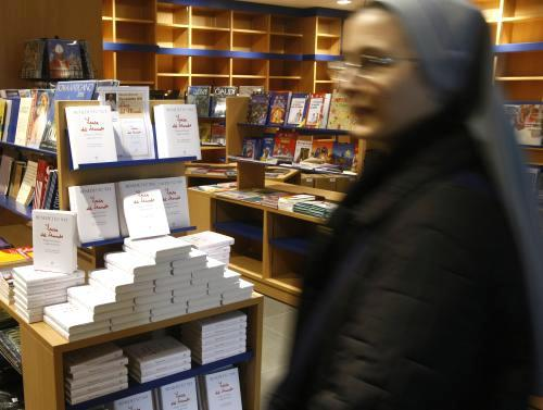 """Papežova kniha rozhovorů \""""Světlo světa\"""""""