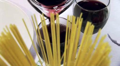 Víno a špagety