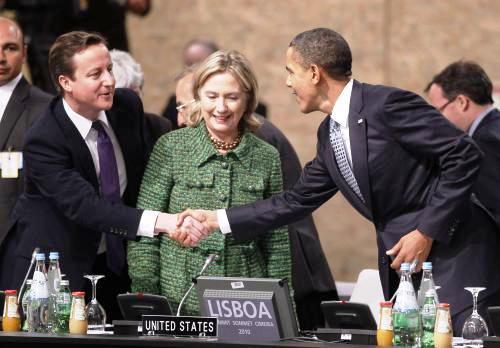 David Cameron, Hillary Clintonová a Barack Obama