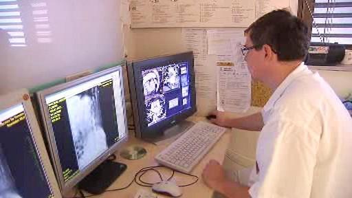 Vědci zkoumají ostatky Tycha Braha počítačovou tomografií