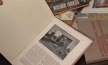 Sbírka knih Vladimíra Šlapety