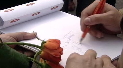 Autogram Jiřího Paroubka