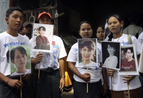 Příznivci barmské disidentky Su Ťij