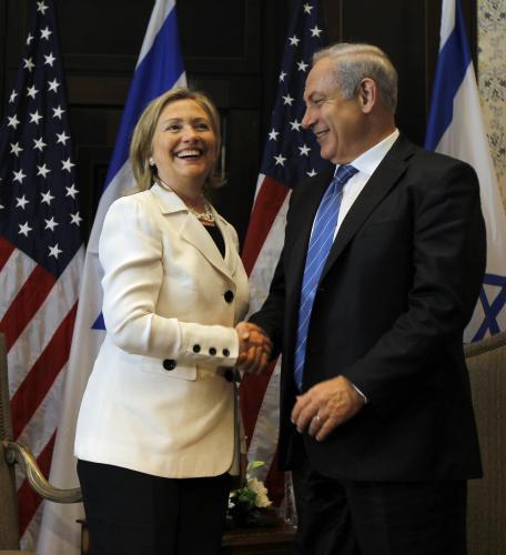 Hillary Clintonová a Benjamin Netanjahu