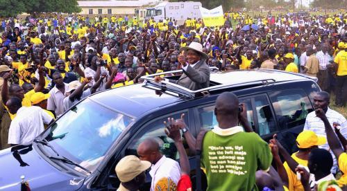 Ugandský prezident rapperem