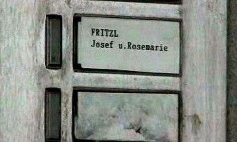 Domovní zvonek Josefa Fritzla