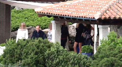 Sexuální dýchanky v Berlusconiho vile