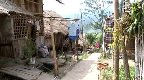 Uprchlický tábor v Thajsku je domovem pro deítky tisíc Barmánců