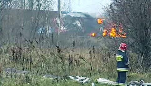 V Polsku hořel nákladní vlak s benzínem a naftou
