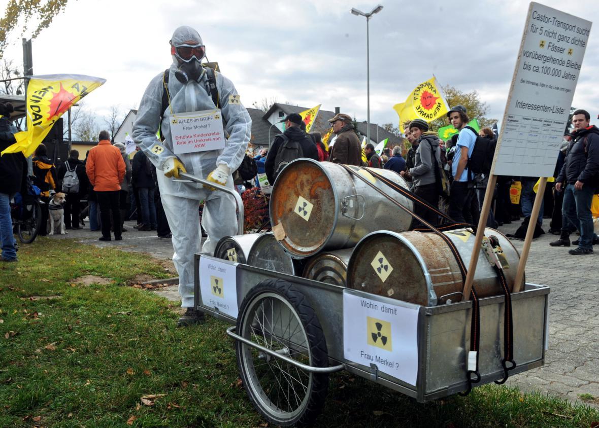 Demostrant proti uložení jaderného odpadu v Gorlebenu