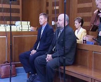 Soud s manažery obviněnými z tunelování fondů