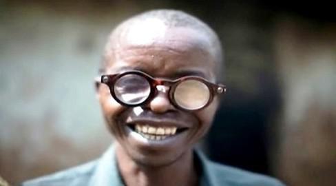 Adaptabilní brýle