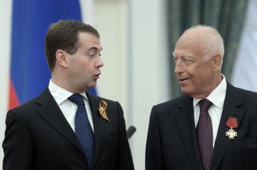 Dmitrij Medveděv s Viktorem Černomyrdinem